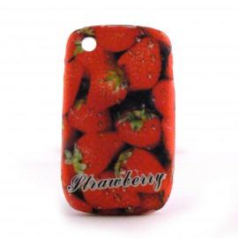 Coque silicone fraises pour Blackberry 8520 curve+ film protection ecran offert
