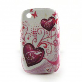 Coque silicone blanche avec des coeurs roses Blackberry 8520 curve+ film protection ecran offert