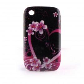 Coque rigide motif fleurs et coeur roses fond noir Blackberry 8520 Curve + film protection ecran offert
