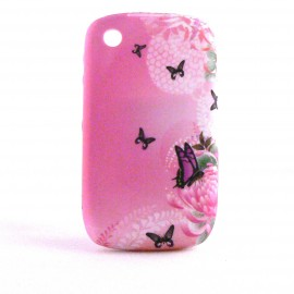 Coque silicone rose papillons noirs Blackberry 8520 Curve+ film protection ecran offert