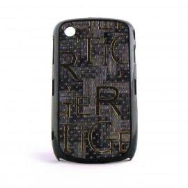 Coque rigide et mate avec imitation liege et inscription or pour Blackberry 8520 Curve+ film protection ecran offert